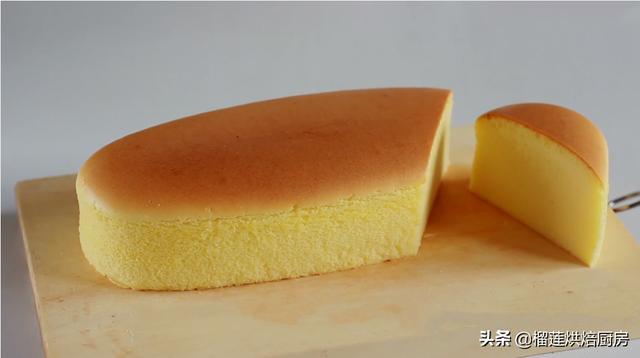 0毛孔的轻乳酪蛋糕,烫面水浴法绵软湿润入口即化,一次即成功