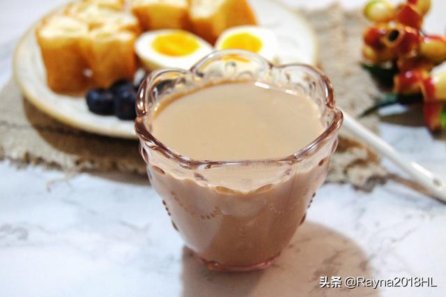 早餐就要喝点热乎的,学我这样做快手又营养,比牛奶好喝多了
