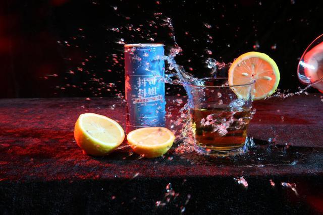 抖哥抖姐植物饮品诠释:唯一心,见匠心。
