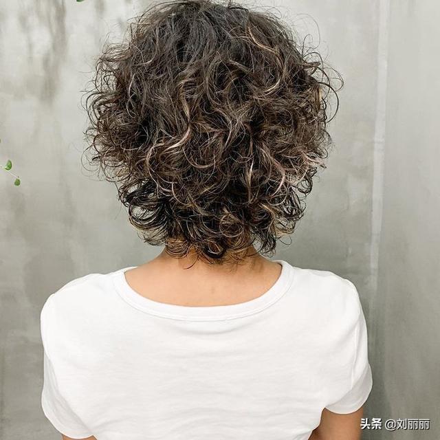 精致短发,纹理短发,锁骨发14款,蓬松又时尚,让你美到心痒痒