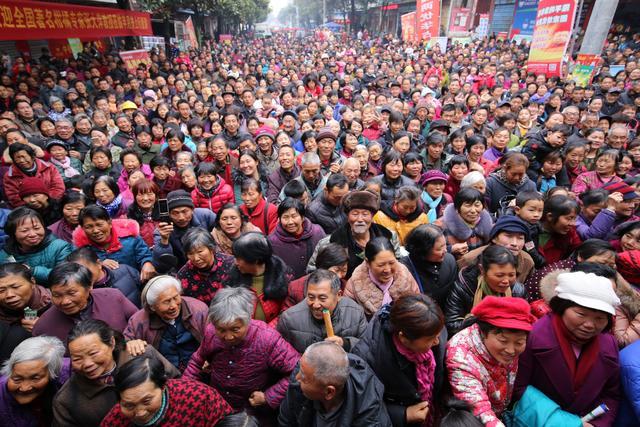 人物通讯:一个智慧农民的社会担当――记当阳市半月镇农民魏晓元