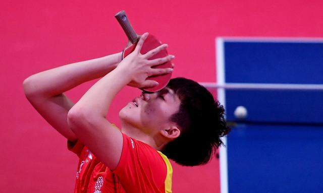 王楚钦4-1梁靖崑,半决赛对阵马龙,很谦虚直言向龙哥学习 第3张