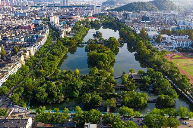 浙江有座城市擅长造智能马桶,四次上榜最幸福城市,比杭州安逸