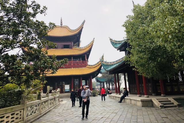 """""""江南三大名楼""""中唯一没有安装电梯的建筑,游客:希望不要改变"""
