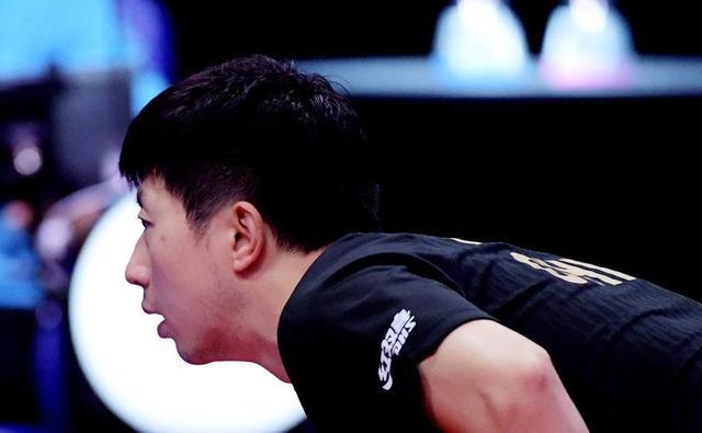 马龙2-4不敌王楚钦,赛后表示:大头进步很明显,内外战很成熟 第4张