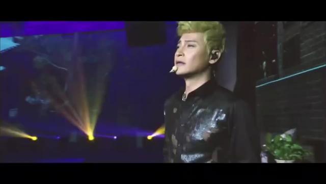 小虎队陈志朋含泪演唱《他和她》,超经典的歌曲,超级催泪!
