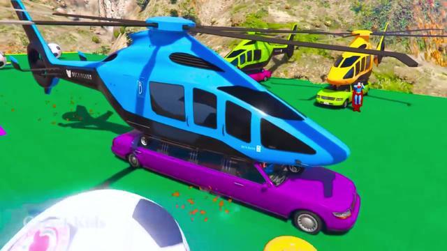 卡通车车:最可爱的小汽车,绿巨人还要塞在里面,看起来还搞笑呀
