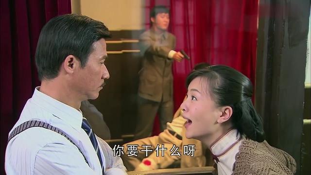 秋霜:姑娘答应嫁给恶霸,只为救心上人一命,场面让人心酸!