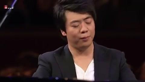 钢琴大师郎朗演奏肖邦《降E大调华丽大圆舞曲》