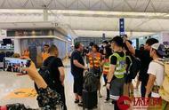 老外在机场教训激进示威者:香港属于中国,你该去找个工作