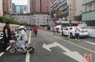 「发现郑州之变·序化」规范共享单车停放 二七广场周边出行更便利