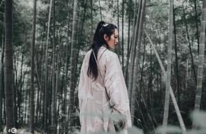小说:入阵者只能霜雾朦胧,杨柳落花,如何挣扎也只能束手被擒!
