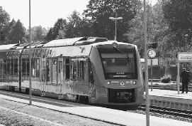 世界首辆氢动力列车开跑 唯一的排放物是蒸汽和水