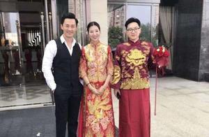 林峰低调出席绯闻女友张馨月胞弟婚礼,与一对新人合照曝光行踪