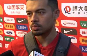 国足取得两连胜后,李可赛后采访表示:我和队友之间还有障碍