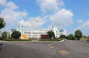 湖南宁乡发生中学生斗殴致一人死亡 警方已控制嫌疑人