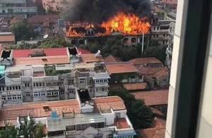 武汉江汉饭店失火,系当地颇具知名度的老牌酒店,火灾原因未明