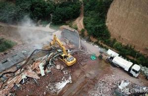 速报丨实探郑州五云山:跑马场、高尔夫球场正在拆除