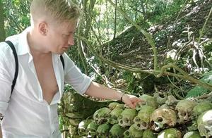巴厘岛任由尸体腐烂墓地成网红景点,游客还可当场触摸骨头残肢