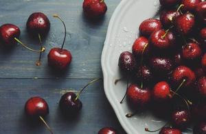 明明是同一种水果,车厘子凭什么比樱桃贵10倍?