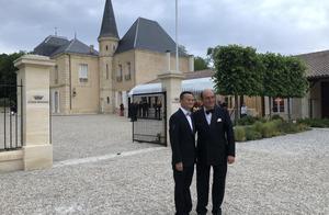 马云在波尔多获颁荣誉骑士勋章,堪称葡萄酒界的