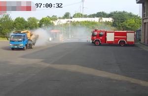 史上最快出警!司机将着火货车开进消防大队 10分钟灭火