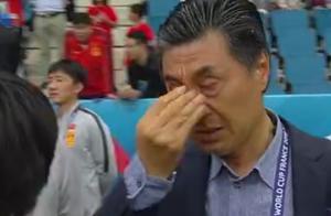中国女足出线!创造亚洲足球新历史,贾秀全动情落泪哭惨了