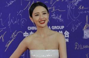 """佟丽娅回应辞演新剧,粉丝很满意,但也有人说这是""""绑架"""""""