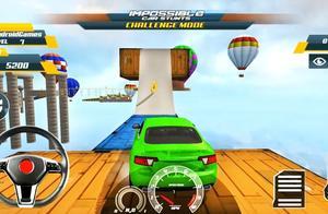 模拟驾车高空赛道闯关挑战小游戏