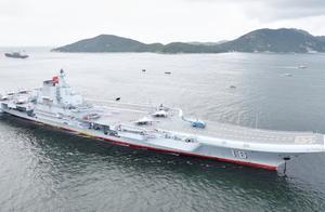 辽宁舰每公里花费一万元,加满油更是要花费天价,哪个小国敢养?