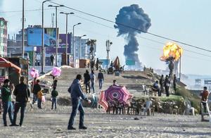 不明火箭弹偷袭巴格达!矛头直指伊朗,网友:给这导演打十分