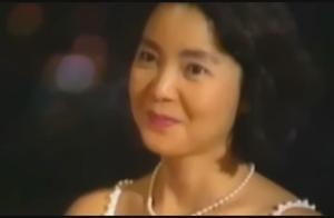 邓丽君到日本游学,靠翻唱日本歌曲成名,因此也获得了歌坛的认可