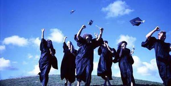 【大学生就业技能培训课程计划】成人大专学历有用吗?看完这篇文章你就知道了!