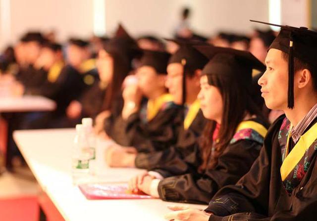 【安庆哪些地方培训专业技能】详解:什么学历可以参加2016年的成人高考?