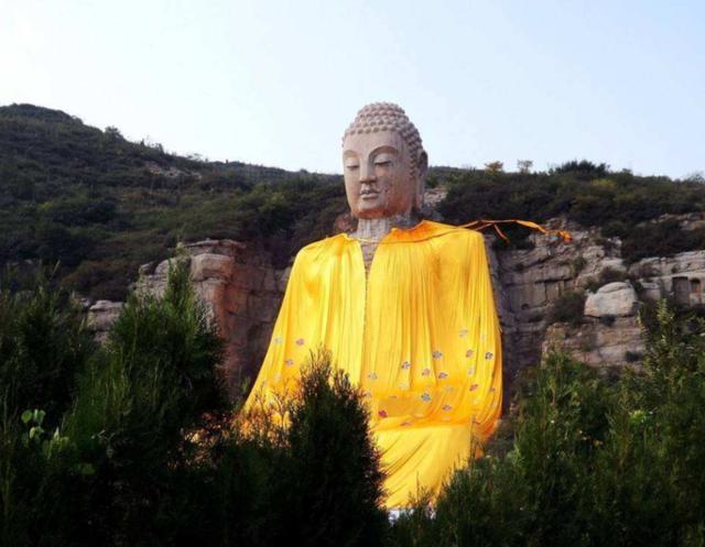 佛教产生后几百年为什么没有佛像艺术出现,直到公元一世纪左右才出现佛像艺术