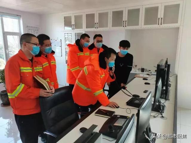 人人是骨干,个个能上岗——左黎隧道管理站组织开展监控知识业务培训
