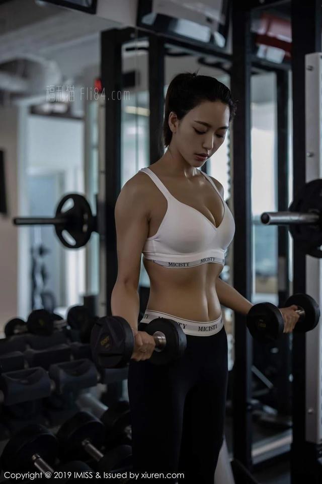 嫣儿高清写真健身房运动风格系列[44P]