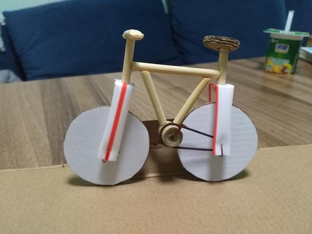 小学生的手工做桥该怎么做?