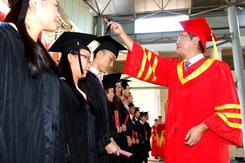 【农村转移就业技能培训方案】江苏2018年成人高考如何才能顺利毕业,获得学位证书?
