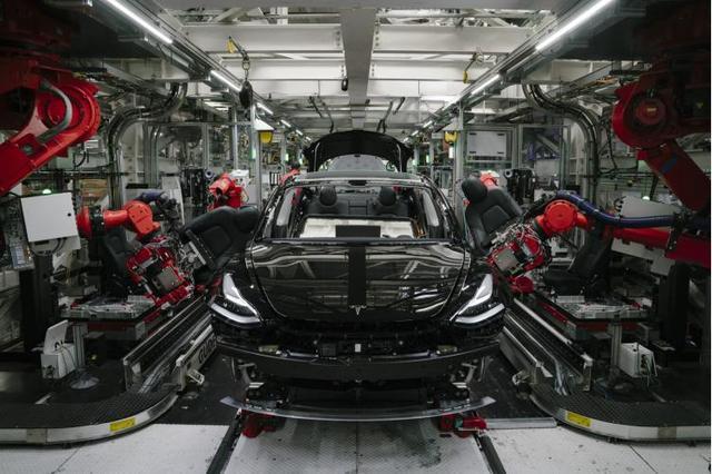 电动汽车钣金加工