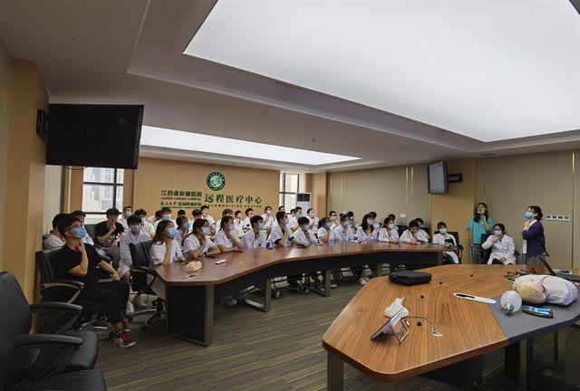 江西省肿瘤医院强化医学院校学生急救技能培训