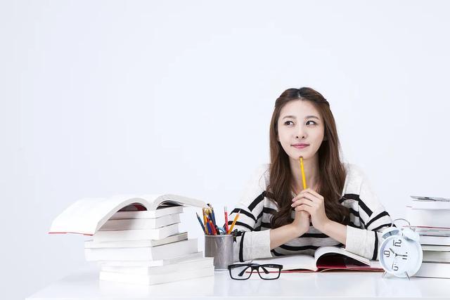 【国际教育部学生参加技能培训】自考毕业论文如何写才容易通过