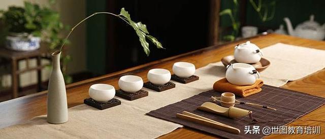 茶艺师(初级)培训班拓展个人的兴趣爱好,修身养性及专业技能