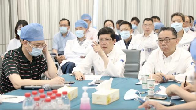 浙大二院总收治 22 名温岭爆炸事故患者,首批 13 名危重伤者情况如何?