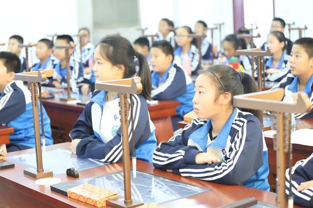 泰山学院附属中学弘信学校(上外附属泰安外国语学校)2020年教师招聘公告