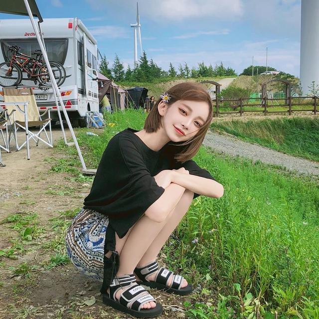 """说到球鞋女神,这个韩国票选""""第一女友""""必须拥有姓名!"""