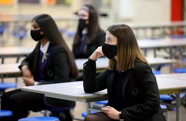 【理化检测职业技能培训】75%的英国中学生反馈无法在家专心上课?