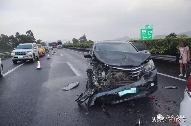 沈海高速油罐车爆炸,外出旅行高速行车选择哪种跟车方式安全