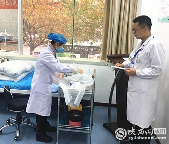 【水厂化验室技能培训】咸阳市中心医院成功举办2018年新上岗医师临床技能竞赛