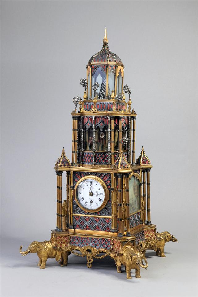 """【岗位技能培训需要改进的地方】传承300多年的修复技艺让古钟表再次""""活""""起来"""